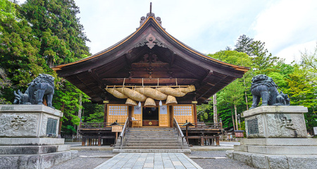 諏訪大社・秋宮